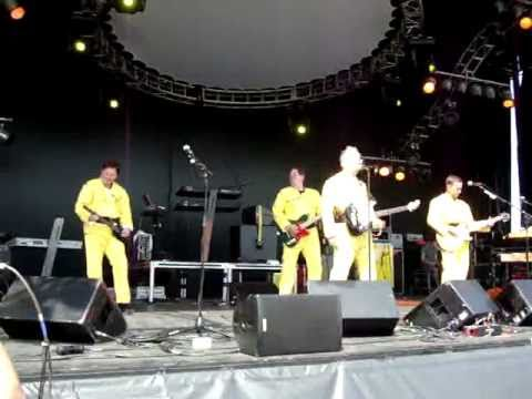 """Josh Freese with DEVO - """"(I Can't Get No) Satisfaction""""  - Sound of Music Festival June 19th, 2011"""