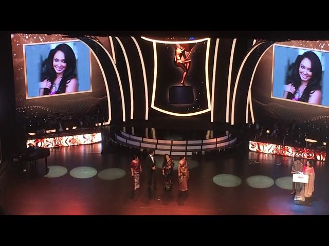 Nayanathara Wickramarachchi Raigam Telees Most Popular Actress 2018