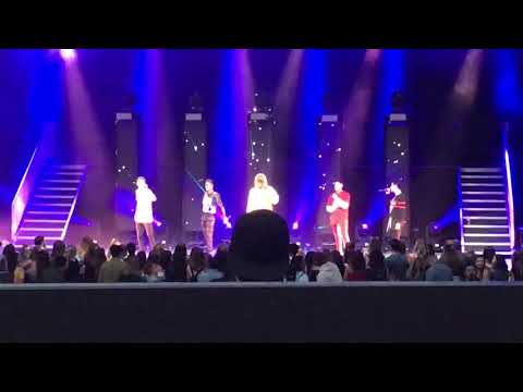 Open Arms by PRETTYMUCH (live)