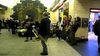 Alex Lodico Ensemble New York (Pen station 34 street 1)