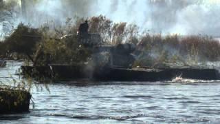 Война в Днепропетровске. Имитация переправы времен ВОВ.