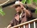 el policia torcido uriel henao