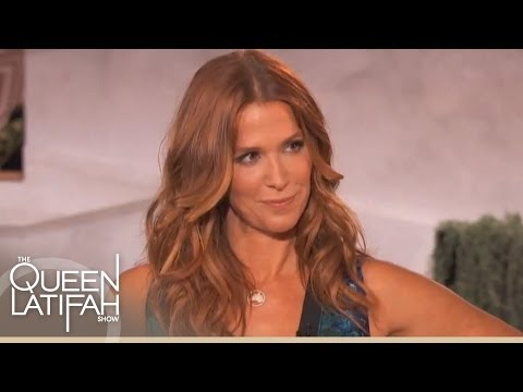 "Poppy Montgomery Is ""Unforgettable"""
