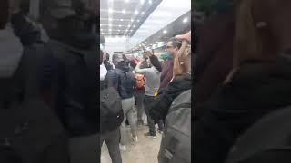 """جماهير الترجي بمطار القاهرة """" حكام العرب حكام خونة """""""