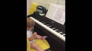 Уроки музыки в 1,5 года