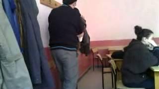 sınıfta <b>sikişen</b> iki gay