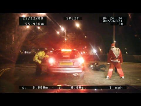 Weihnachtsmann in Polizeikontrolle