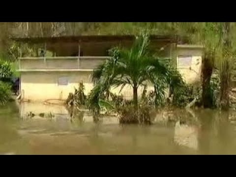 Thousand evacuated in Puerto Rico as dam threatens to fail