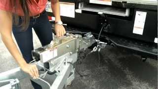 Car Carrier Towing Instructions - Penske Truck Rental