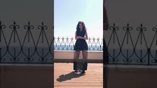 G 2219 Платье вечернее с кружевом шантильи и вставкой из сетки video