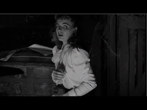 Kitty Hollywood reviews The Spiral Staircase - 1946