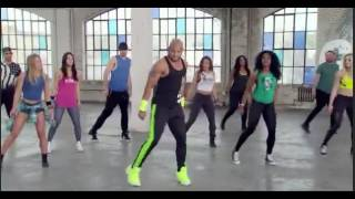 Cize Free Mini-Workout: Shaun T breaks it down.