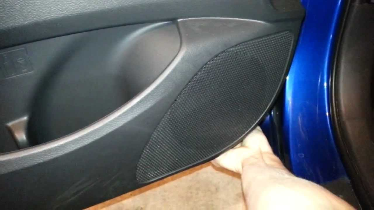 2010 Toyota Corolla S Removing Front Door Panel To