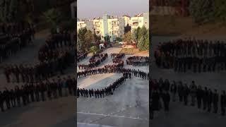 Emel Mustafa Uşaklı Anadolu Lisesi öğrencileri Atatürk'ü oluşturdukları silüet ile andı.