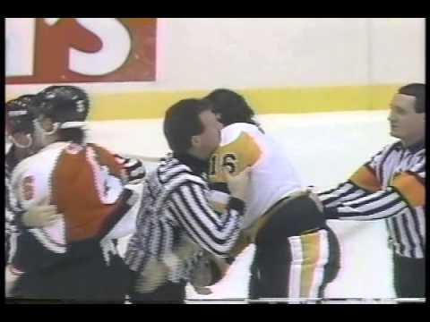 Old Flyers vs Penguins Fights