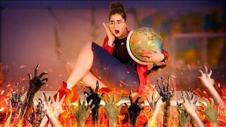 12 Perang Lelucon Halloween Yang Menyeramkan! Kejahilan Siswa Menakut-Nakuti Guru!