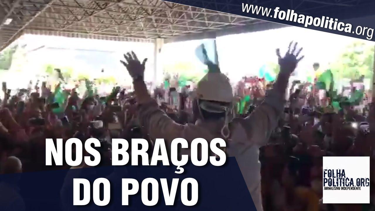 Bolsonaro publica vídeo de sua recepção por multidão no aeroporto de Aracaju