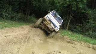 Extreme Suzuki Samurai 1.3 off road and 4x4