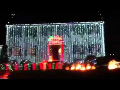 Best Christmas lights setup on a house ever - Best Christmas Lights Setup On A House Ever - YouTube