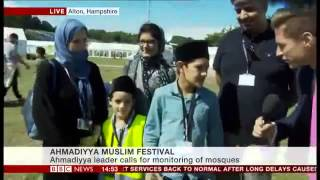 BBC News: Ahmadiyya Family shares experiences of UK's Largest Muslim Convention