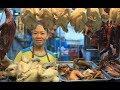 Quán cơm gà ta ngon có tiếng ở Sài Gòn với hơn 200 món