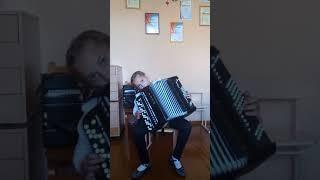 Котелович Алина, 9 лет. (третий год обучения)