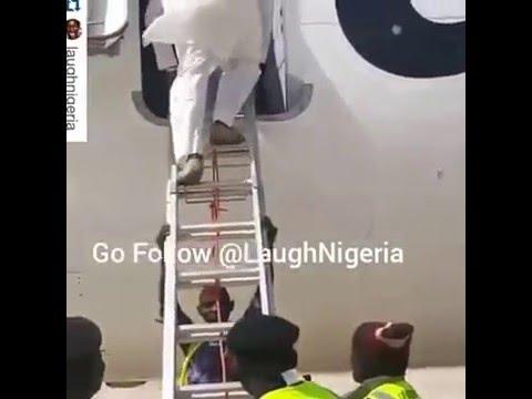 Bauchi Airport Using Ladder To Disembark Passengers