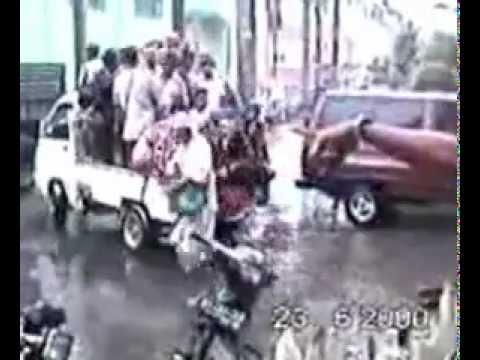 Islam around Indonesia do Jihad - Attack Maluku using Machine gun + Mortar, pt.3of3.flv
