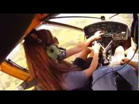 Teenage pilot flight test includes engine failure / remarkable short field landing