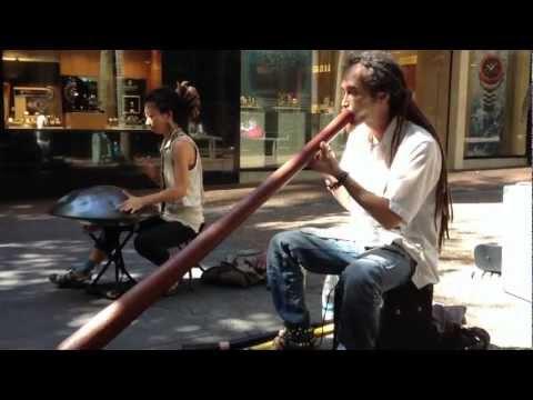 Yuki Koshimoto busking in New Zealand (clip 1)