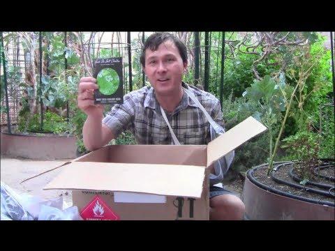 FREE $2500+ Heirloom Vegetable Seed Giveaway