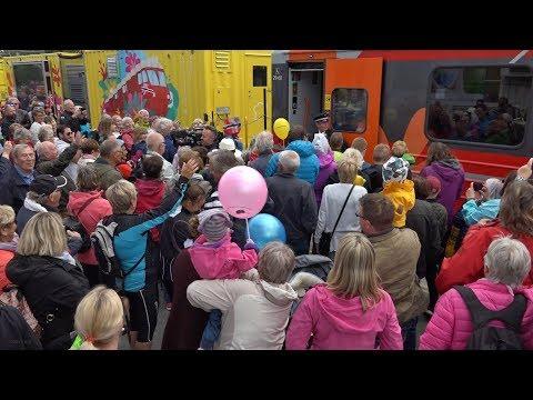 2300 tok i mot NRK Sommertoget på Heimdal stasjon 5. juli 2017 (arrangementopptak)