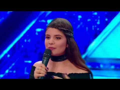 """Prezentare. Rebelă și cuminte în același timp. Ruxandra Grigore: """"Vreau să mă lansez la X Factor"""""""