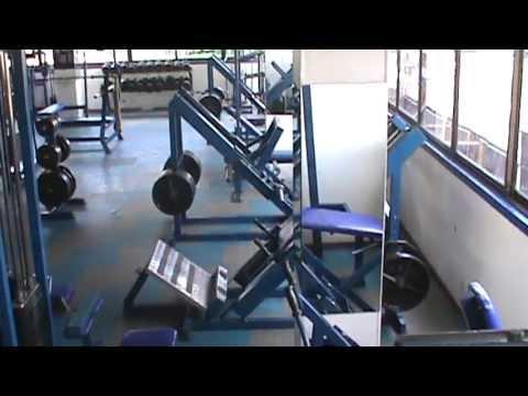Centro de acondicionamiento fisico gimnasio el templo del for Gimnasio del centro