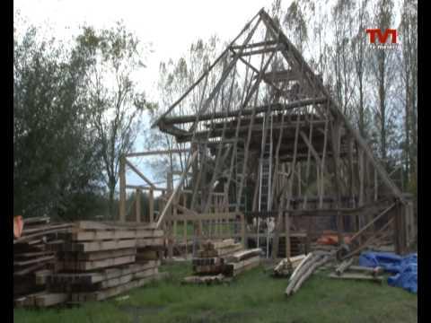 Vlaamse Schuur Bouwen : Wederopbouw vlaamse schuur olland youtube