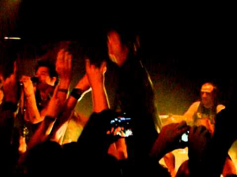 Sum 41_The Hell Song @La Maroquinerie Paris 02.09.10