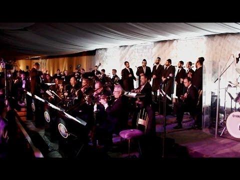 "Shira Choir singing ""Rechnitz medley"" an Aaron Teitelbaum Production | מקהלת שירה שרים רכניץ"
