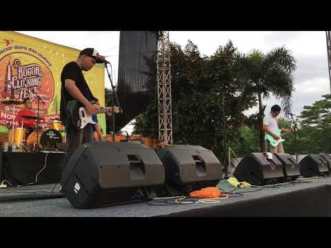 Hidden Message - Bogor (Live at Bogor Clothing Fest 2017)