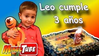 FIESTA DE CUMPLEAÑOS Leo cumple 3 años de edad y abre sus regalos