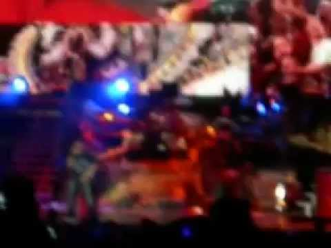 Jay-Z with Mary J. Blige Tour in Dallas, TX - (shaky) Big Pimpin, Encore