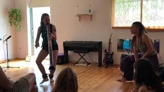 1 Feria de Mujeres Medicina Spain 2019 (Didgeridoo Niqui Vives)