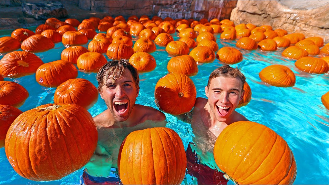 pool-filled-with-pumpkins-halloween-special