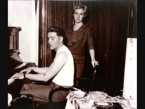 Elvis Presley-I Can't Help It (If I'm Still In Love With