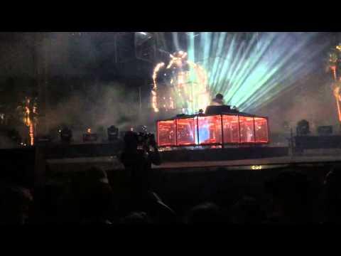 Lorde- Tennis Court (Flume Remix) live at Coachella Weekend 2