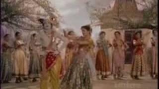 Jhanak Jhanak Payal Baje(1955)-Hame Gope Gwaala Kehte Hai(Lata Mangeshkar, Manna Dey)