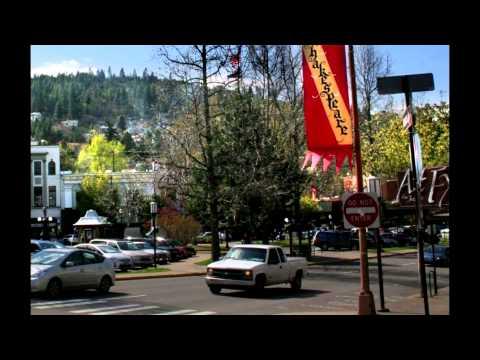 "464 Beach Street, Ashland, Oregon - ""Carefree Gracious Living"""