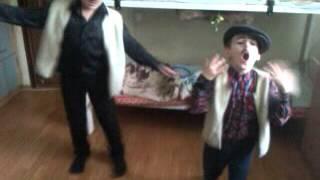 клип на песню едем соседнее село) ржачь смотреть всем