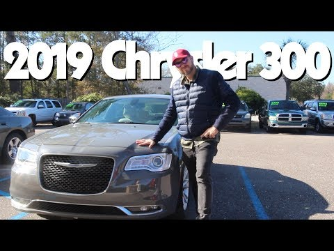 Here's Why The 2019 Chrysler 300 is a Great Buy this Year!!! ( In Depth Review & Test Drive )