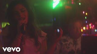 Смотреть клип Phoebe Ryan - Homie