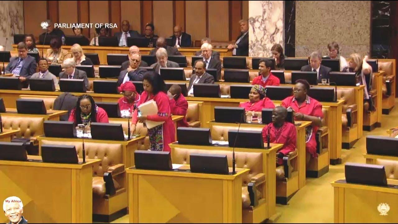 Robert Mugabe Resigns - DA vs EFF On Asylum For Mugabe